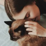 Cuddle with Your Cat - There's Benefits